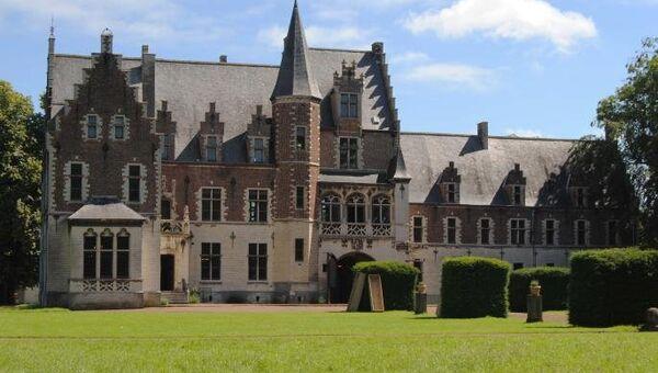 Принадлежавший Рубенсу Castle of Het Steen в Бельгии