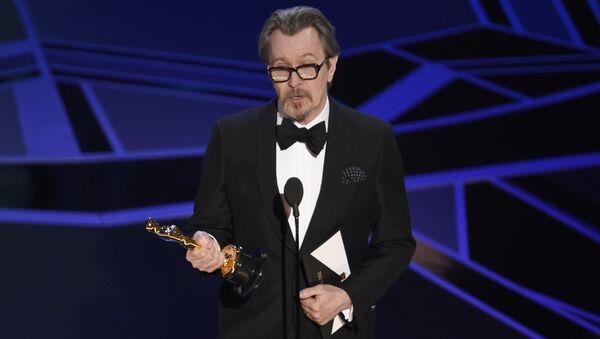 Гэри Олдман получает Оскар. 05.03.18