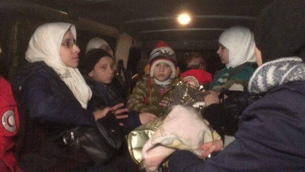 Эвакуация детей в составе гумконвоя в Восточной Гуте. 05.03.18