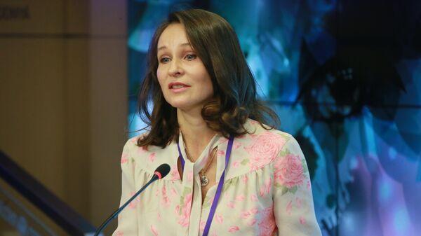 Пластический хирург Наталья Мантурова в Международном мультимедийном пресс-центре МИА Россия сегодня. 6 марта 2018