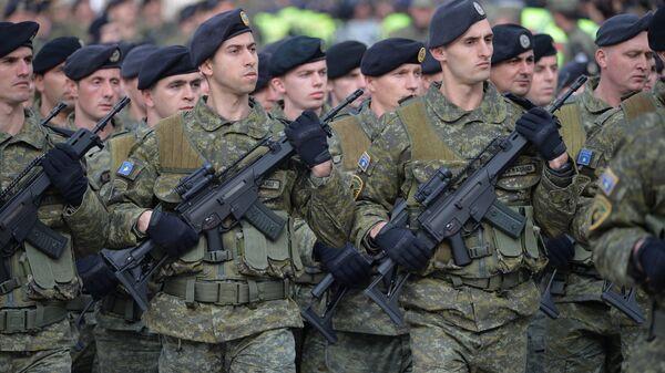 Участники военного парада в Приштине