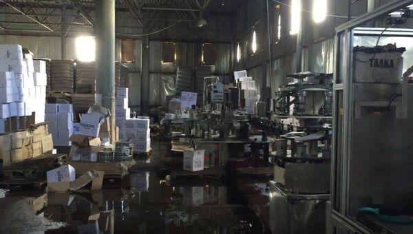 В Смоленской области ликвидировано крупное производство нелегальной алкогольной продукции