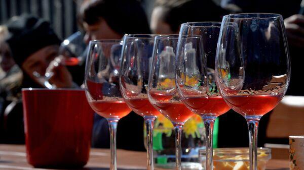 Вино из таежного и садового сырья в Приморском крае