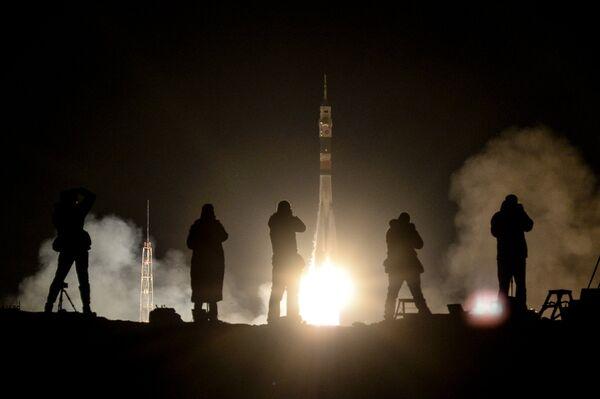 Пуск ракеты-носителя Союз-ФГ с кораблем Союз МС-08 на космодроме Байконур