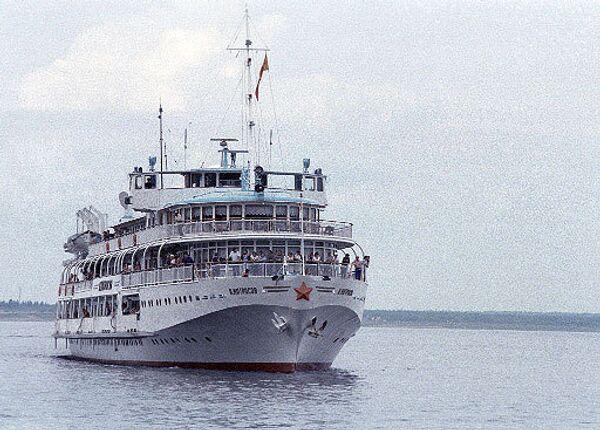 Консула РФ не пустили на борт задержанного судна Амурского пароходства
