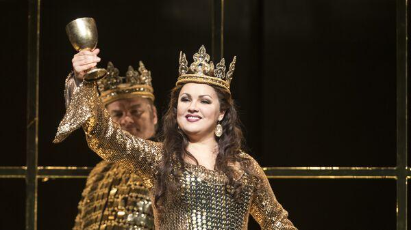 Анна Нетребко в опере Макбет