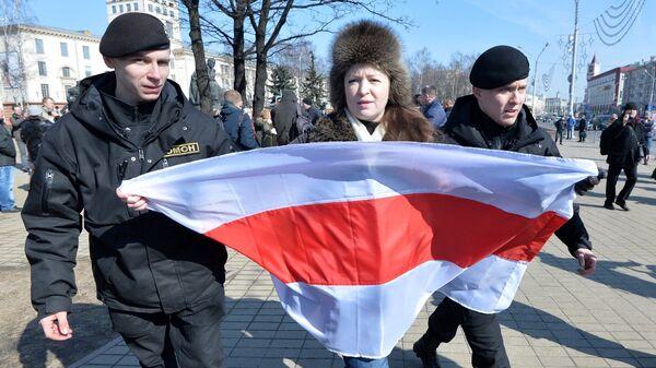 Задержание участника акции протеста День воли, приуроченную к 100-й годовщине Белорусской Народной Республики. 25 марта 2018