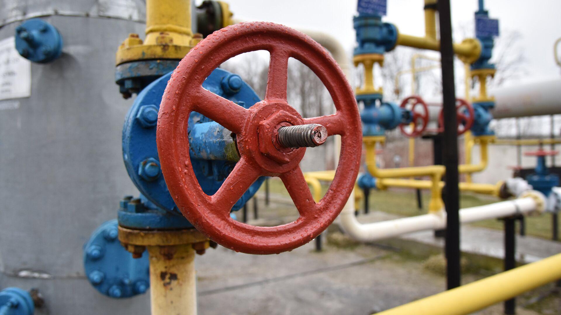 На газопроводе в Оренбуржье ликвидировали утечку газа