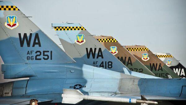 Истребители F-16С 64-й эскадрильи агрессоров (64th Aggressor Squadron)