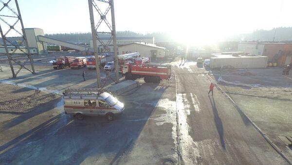 Пожар на складе в Кингисеппском районе Ленинградской области