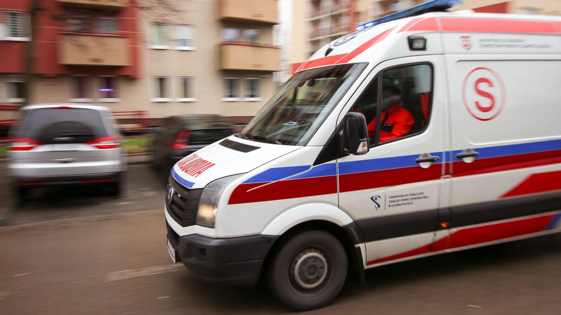 Машина скорой помощи в Польше - РИА Новости, 1920, 05.08.2021