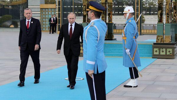 Президенты России и Турции Владимир Путин и Реджеп Тайип Эрдоган во время встречи в Анкаре. 3 апреля 2018