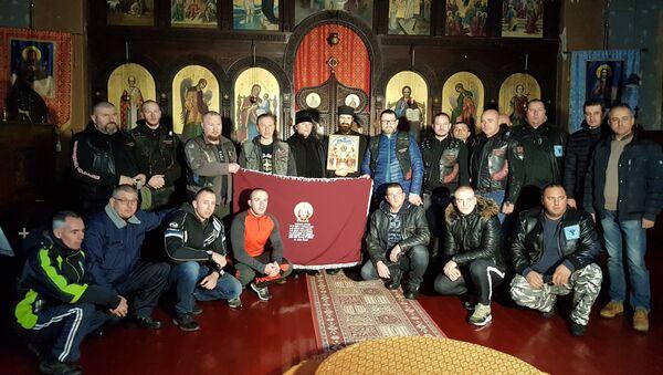 Участники мотопробега Русские Балканы в Дивлянском монастыре на юге Сербии