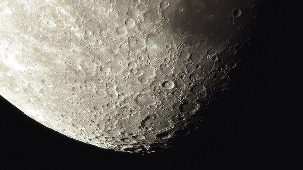 Фотография Луны, полученная телескопом сети AstroNYX