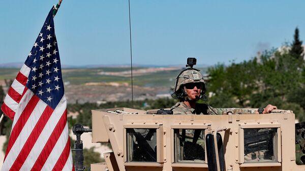 Американский военный на севере Сирии