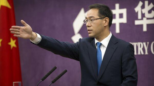 Представитель министерства коммерции КНР Гао Фэн на пресс-конференции в Министерстве торговли в Пекине