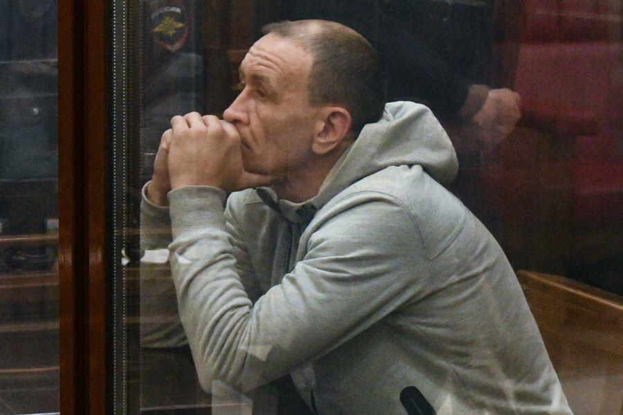 Командир пожарного звена Сергей Генин в Кемеровском областном суде. 12 апреля 2018