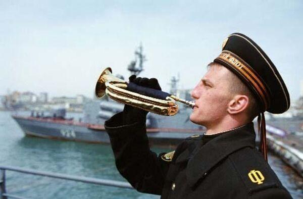 На палубе крейсера Варяг. Архив