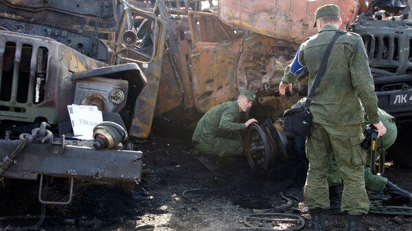 Последствия  артобстрела украинскими силовиками района на территории самопровозглашенной Луганской народной республики. 17 апреля 2018