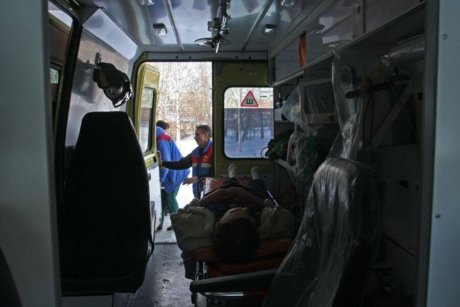 Транспортировка пациентки бригадой реанимации