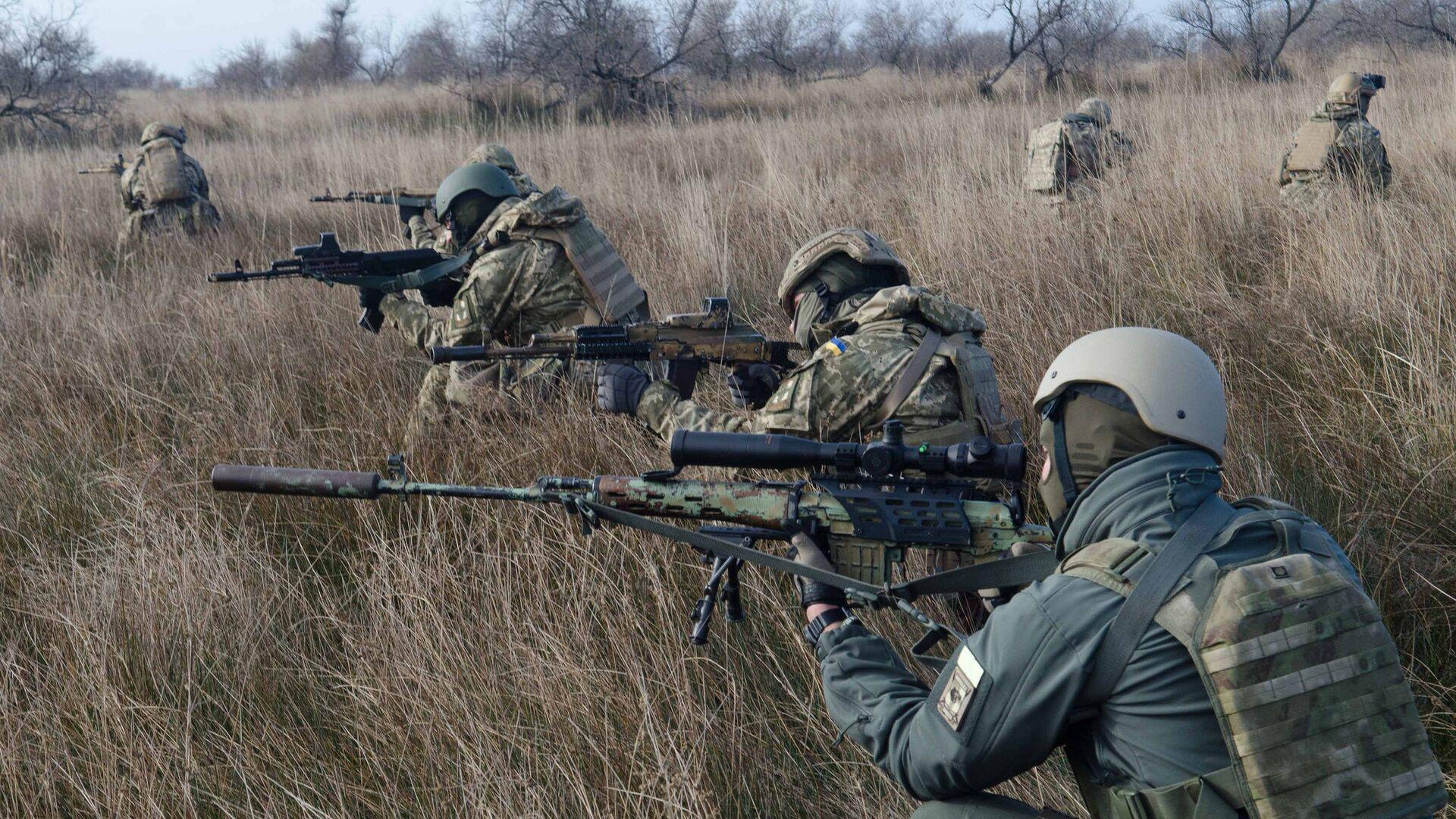 Морские пехотинцы ВСУ во время учений - РИА Новости, 1920, 09.04.2021