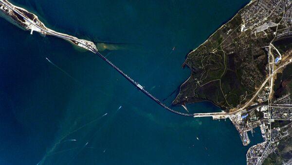 Вид на Крымский мост с МКС