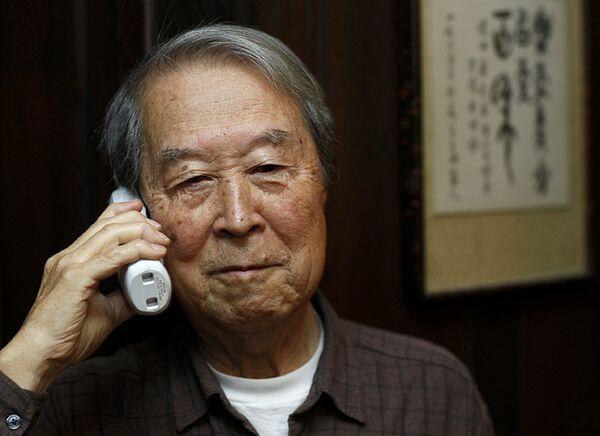 Йоитиро Намбу - лауреат Нобелевской премии по физике