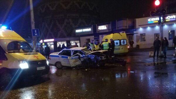 ДТП с участием полицейской машины и BMW в Казани. 27 апреля 2018