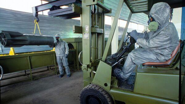 Демонстрация технологии уничтожения химического оружия на военном объекте Шиханы. Архивное фото