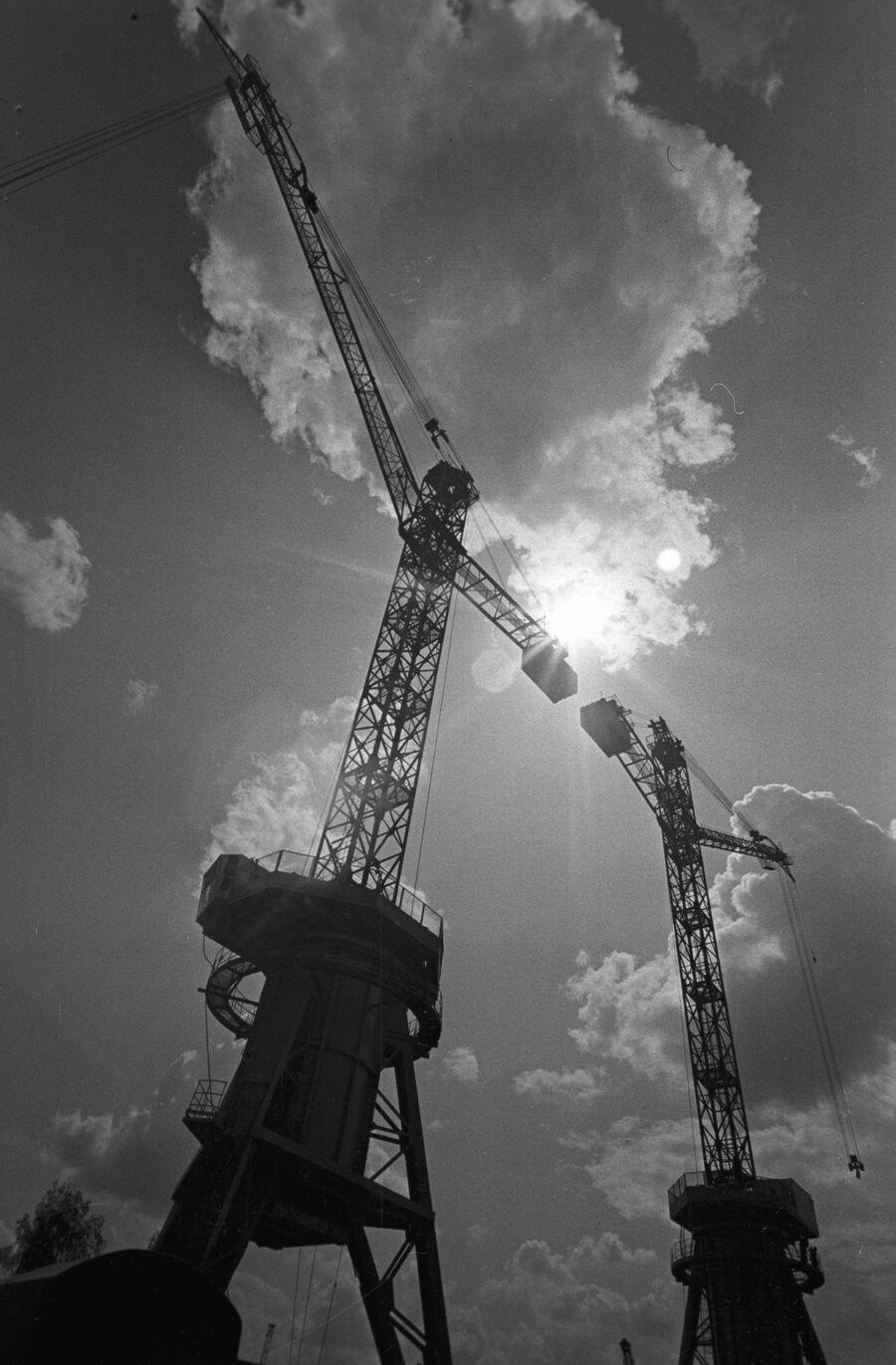 Новолипецкий металлургический комбинат.  Строительство кислородно-конверторный цеха № 2. 1974 год