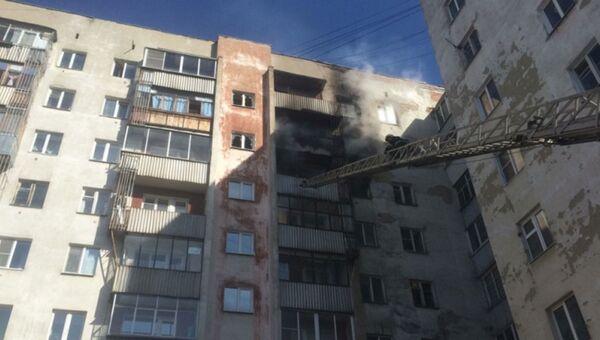 Открытое горение в жилом доме в Екатеринбурге. 1 мая 2018