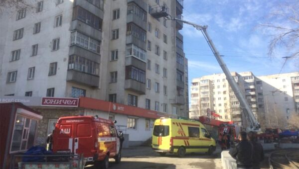Ликвидация открытого горения в жилом доме в Екатеринбурге. 1 мая 2018