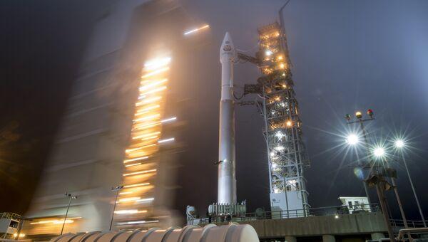 Ракета Atlas-V United Launch Alliance с космическим аппаратом NASA InSight на борту перед стартом. 4 мая 2018