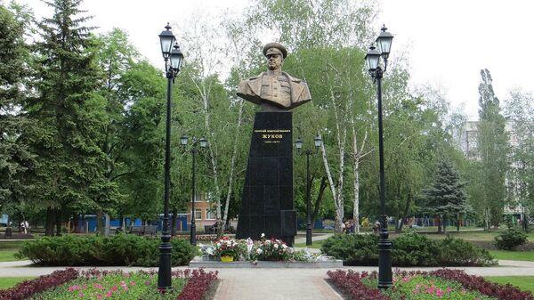 Памятник маршалу Жукову в Харькове, Украина
