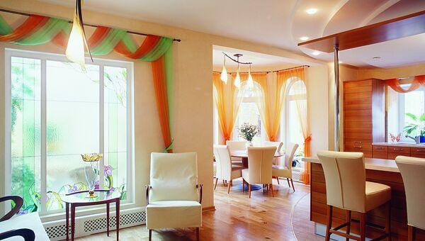 Яркие цвета визуально делают комнату более солнечной