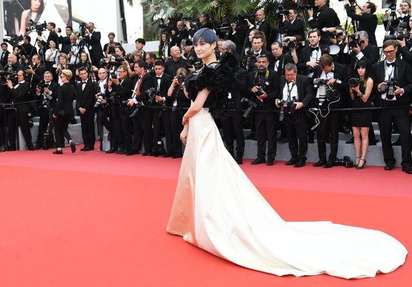 Актриса Крис Ли на красной дорожке церемонии открытия 71-го Каннского международного кинофестиваля