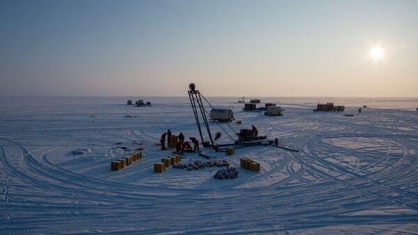 Ледовый лагерь на Байкале