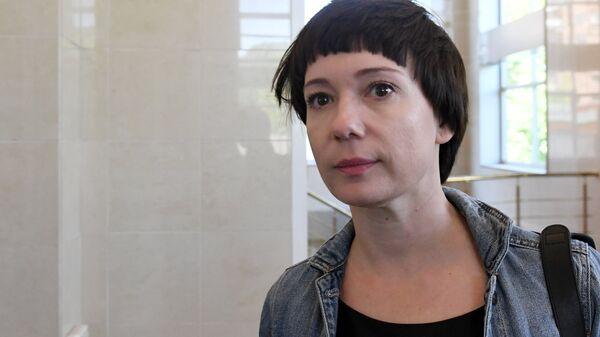 Актриса Чулпан Хаматова в Московском городском суде перед началом рассмотрения апелляции на продление срока домашнего ареста Кириллу Серебренникову. 21 мая 2018