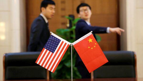 Флаги Китая и США