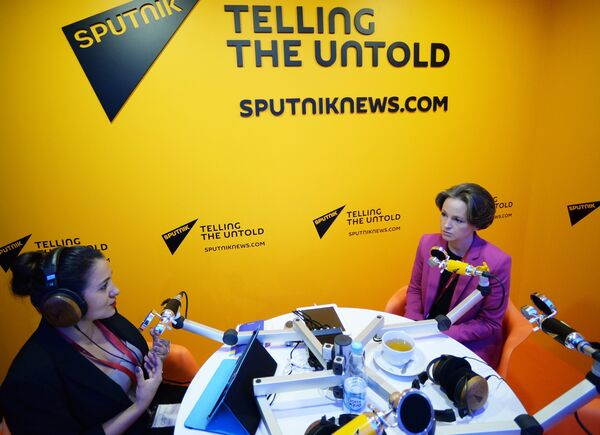 Генеральный директор Аналитического кредитного рейтингового агентства Екатерина Трофимова в радиорубке Sputnik на Петербургском международном экономическом форуме 2018
