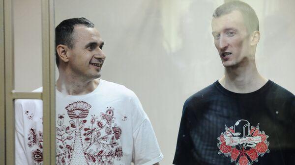 Олег Сенцов (слева) и Александр Кольченко. Архивное фото