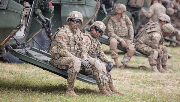 Американские военные во время учений в Польше