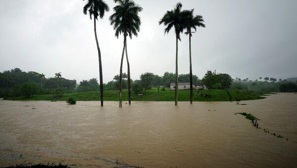 Тропический шторм Альберто достиг побережья Кубы