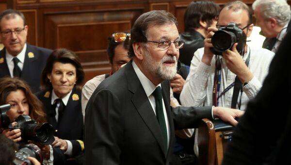 Премьер-министр Испании Мариано Рахой на заседании парламента в Мадриде. 1 июня 2018