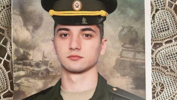Солдат-срочник Сергей Малькин