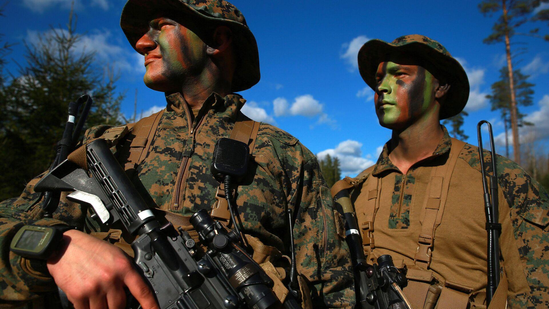 Военнослужащие армии США во время совместных учений войск НАТО в Эстонии - РИА Новости, 1920, 20.01.2019