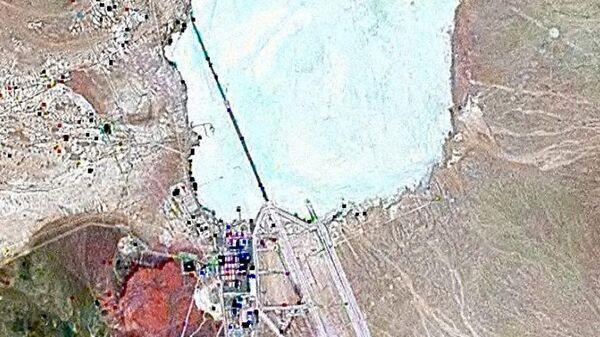 Спутниковый снимок военной базы Зона 51 в американском штате Невада
