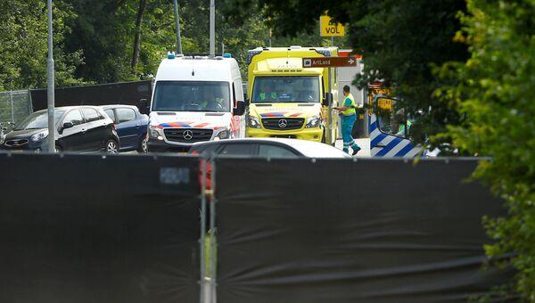 Автомобили скорой помощи после наезда фургона на людей на фестивале Pinkpop в Нидерландах. 18 июня 2018