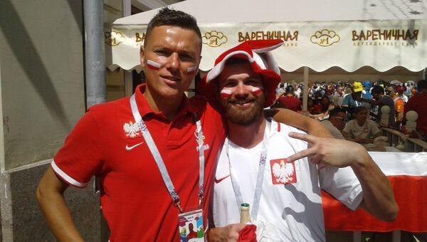 Вайтаг Жабик (справа) с приятелем на Никольской улице