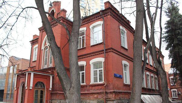 Рабочий дворец имени революционера Владимира Загорского на улице Ткацкая в Москве